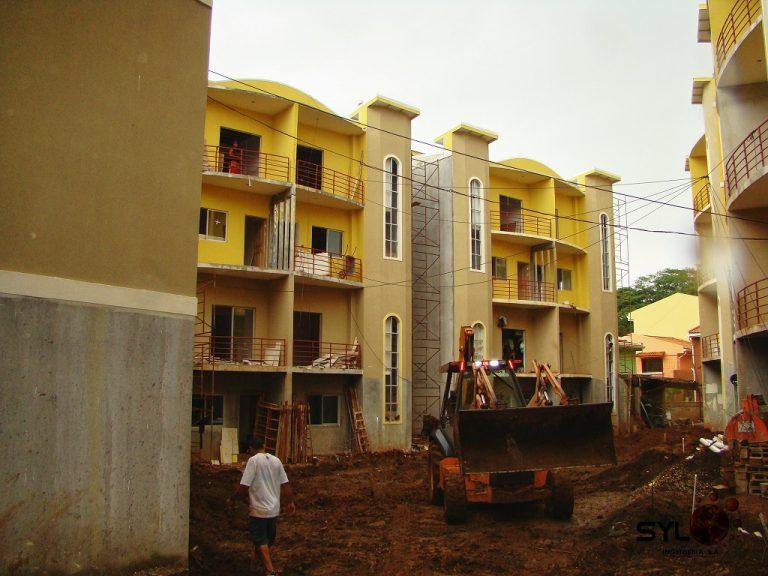 Condominio Alcázares1